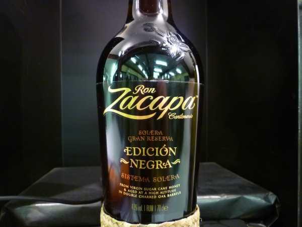 Ron Zacapa 23 Jahre - Edicion Negra Sistema Solera -