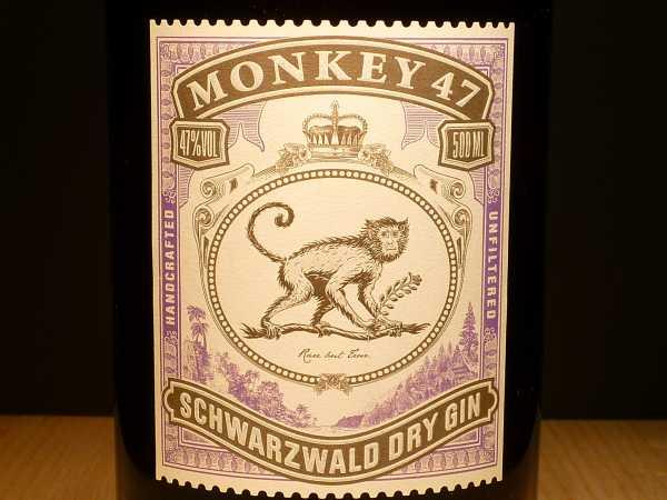 Monkey 47 Schwarzwald Dry mit Holzkiste Gin 500 ml