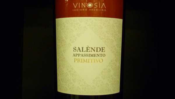 Vinosia Salende Primitivo 2019