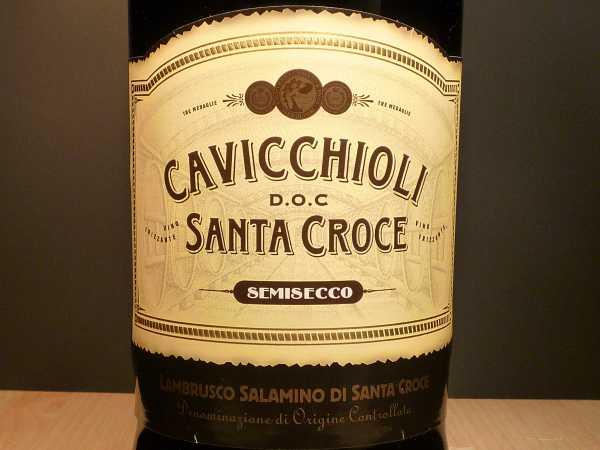 Cavicchioli Lambrusco Salamino di Santa Croce Semisecco Vino Frizzante-Rosso